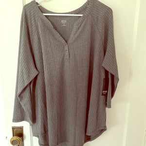 Ladies Gray Waffle knit top